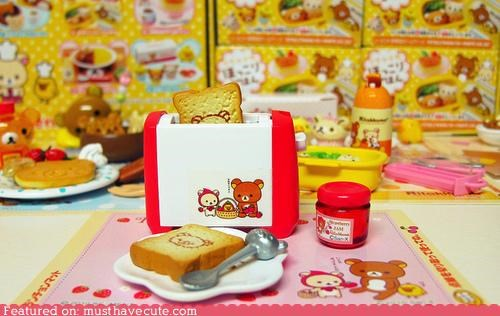 breakfast,food,miniature,Rilakkuma,toast,toaster