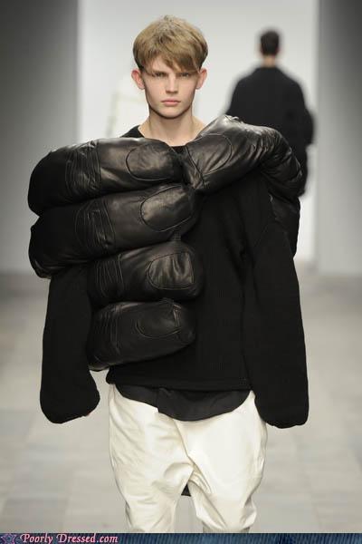 hands runway shirt - 4721637376