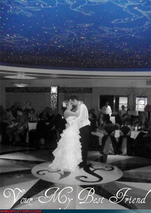 funny wedding photos,spelling errors