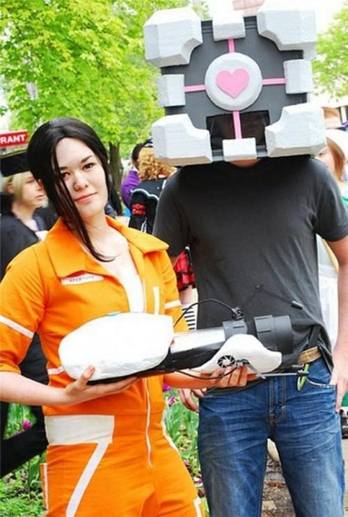 chell,companion cube,cosplay,costume,Portal,video games
