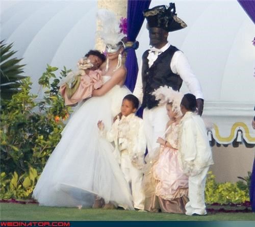 celebrity weddings,funny wedding photos,heidi klum,seal,vow renewal