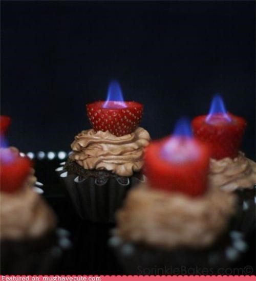 alcohol chocolate cupcakes dangerous epicute fancy fire strawberries - 4747793408