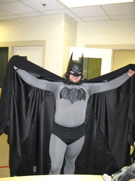 batman,comics,costume,crime,superheroes,trespassing,wtf