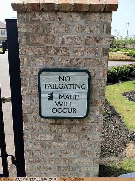 gate,IRL,mage,tailgating