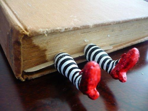 craft the wizard of oz Wicked Bookmark