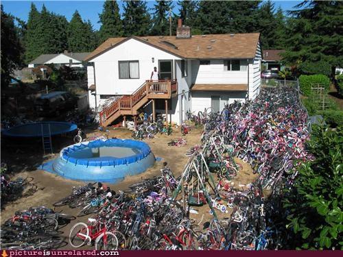 bikes house pool wtf - 4766876928