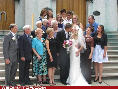 family,funny wedding photos,photobomb