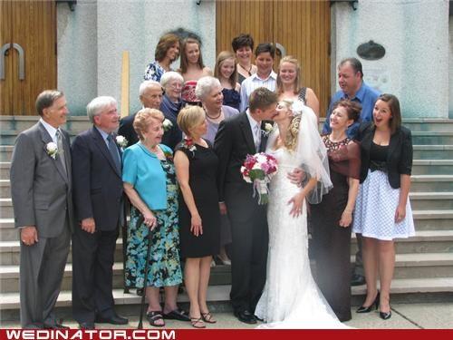 family funny wedding photos photobomb - 4774211840
