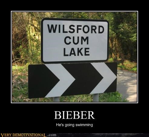 hilarious justin bieber sign swimming wtf - 4777046784