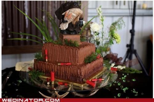 funny wedding photos hunting wedding cake - 4792142848