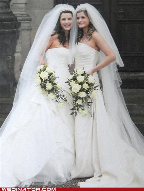brides funny wedding photos Hall of Fame twins - 4792950784
