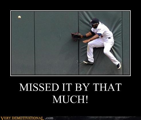 baseball catch hilarious missed wall - 4803685888