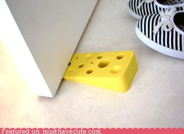 cheese doorstop swiss cheese wedge yellow - 4812818944