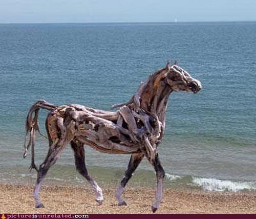 awesome horse tree house wood wtf - 4815220480