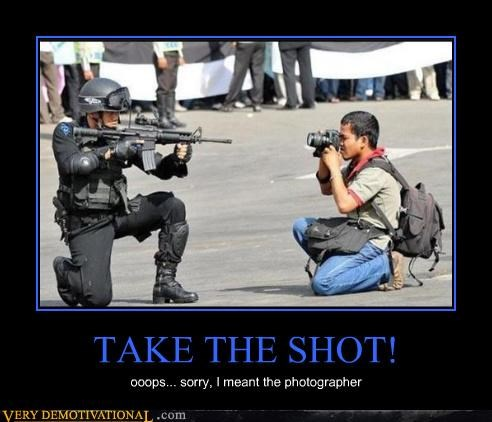 hilarious photographer shoot soldier