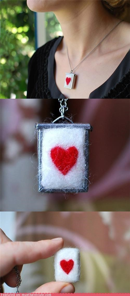 chain felted frame heart metal necklace pendant wool