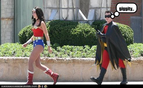 giggity robin Super-Lols wonder woman - 4826032896