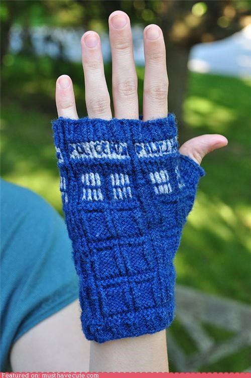 doctor who,fingerless,gloves,Knitted,police box,tardis