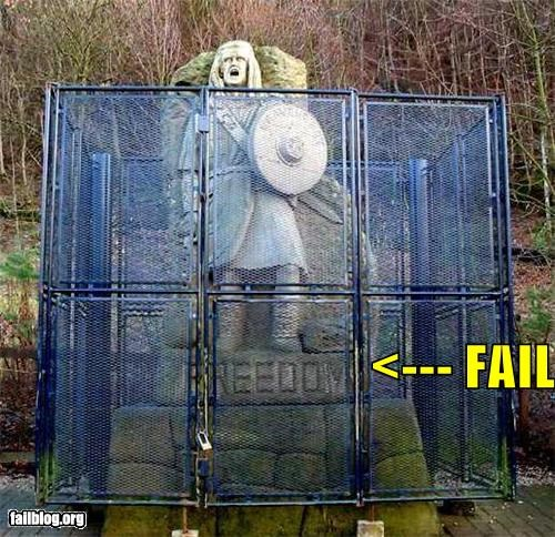 Braveheart,failboat,fence,g rated,statue,william wallace