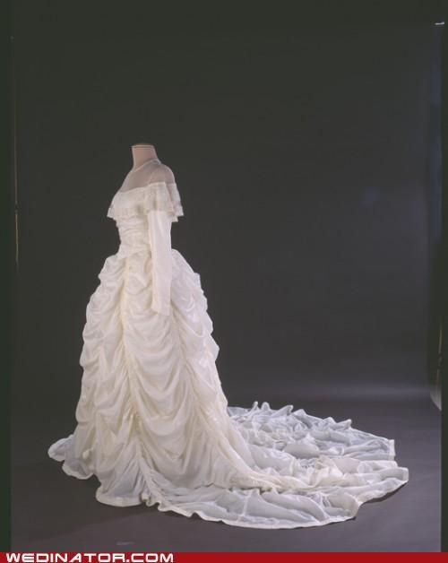 bridal fashion funny wedding photos Hall of Fame Historical parachute wedding dress wedding fashion - 4843212800