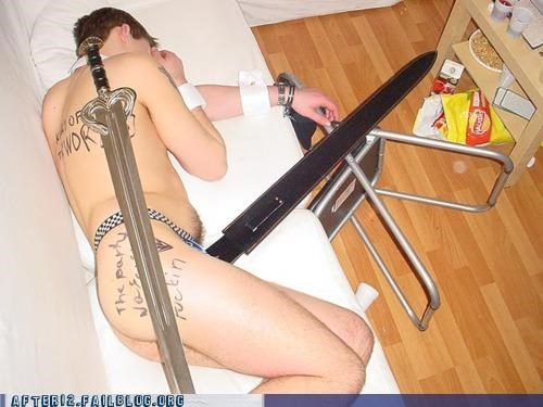 futon passed out sword - 4850641408