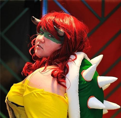 bowser,cosplay,cosplay corner,female bowser,lady bowser,Super Mario bros
