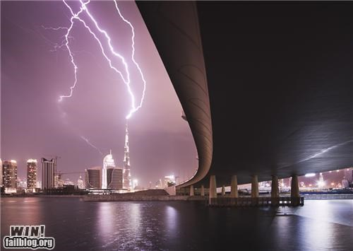 lightning,mother nature ftw,strikes,tall buildings
