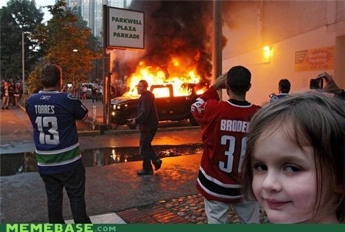 arsonist little Memes riots vancouver - 4884713728