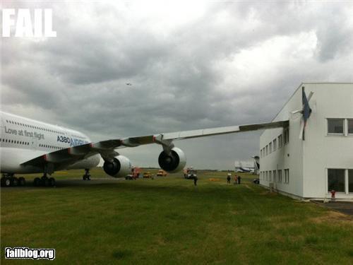 airplane crash failboat g rated landing Professional At Work runway - 4889015808