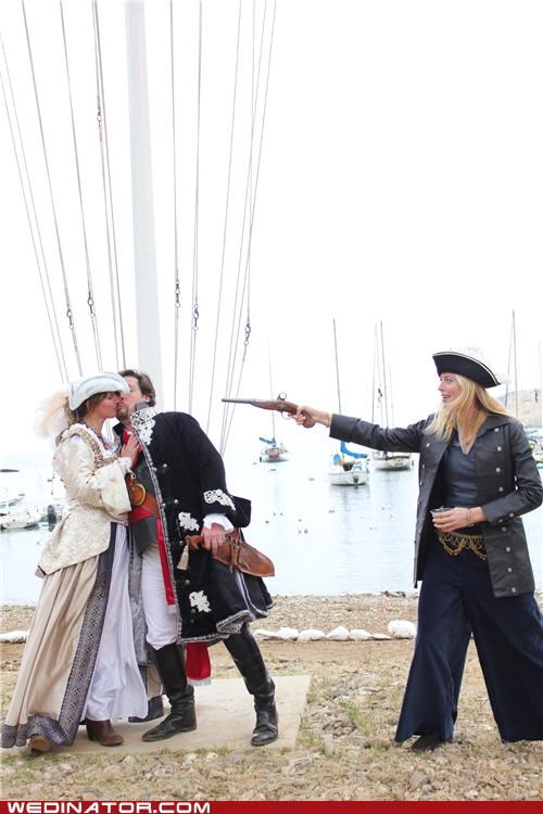 funny wedding photos,pirate wedding,pirates