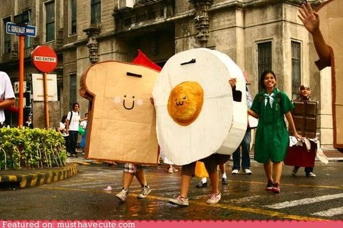 breakfast,cardboard,costume,egg,epicute,parade,toast,walk