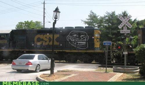 graffiti IRL train troll troll face - 4925015552