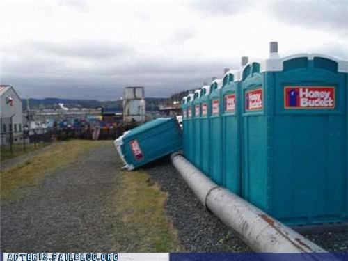 festival poop porta potty - 4925357568