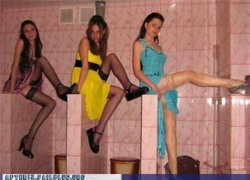 bathroom photo shoot poses - 4929205248
