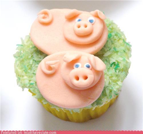 coconut cupcake epicute findant grass pig - 4938859520