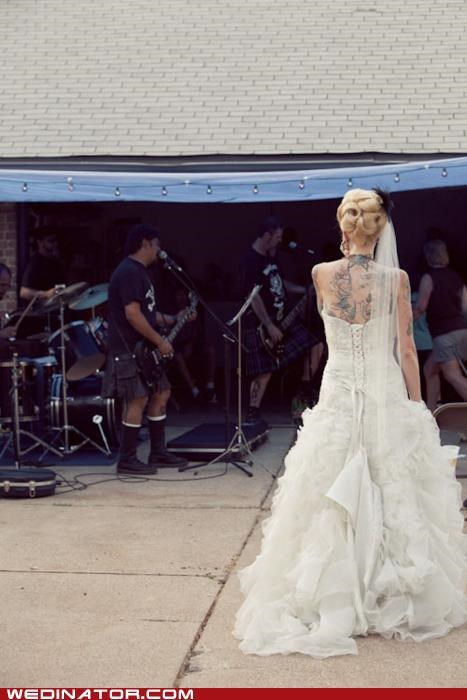 funny wedding photos,rock,rock n roll,tattoos,wedding dress