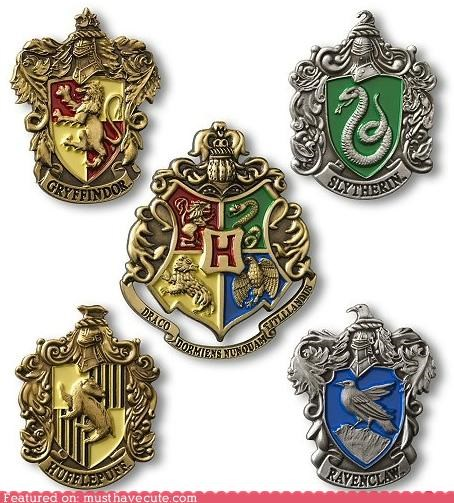 badges gryffindor Harry Potter Hogwarts houses hufflepuff pins ravenclaw slytherin - 4942150912