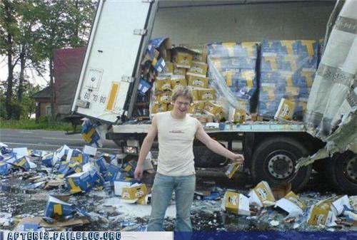 accident beer crash spill truck - 4953049088