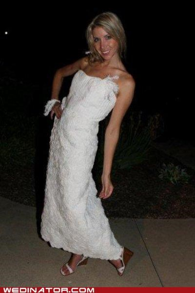 funny wedding photos,toilet paper,wedding dress
