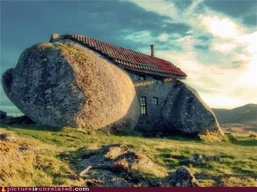 3 little pigs boulder house stone wtf - 4965780992