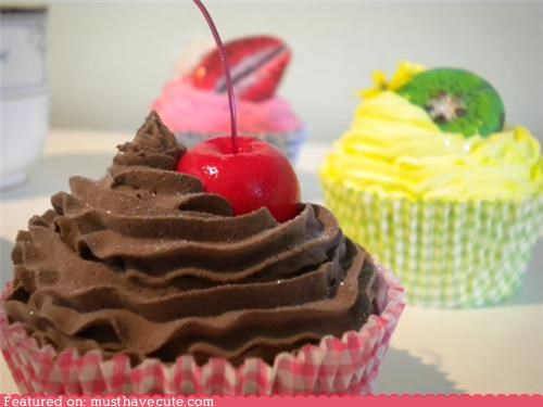 cupcakes decoration fake realistic