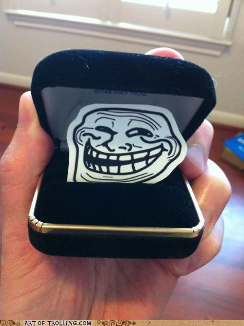 engagement IRL ring Ring Box troll face - 4986489856