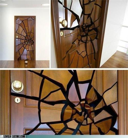 door,smashed