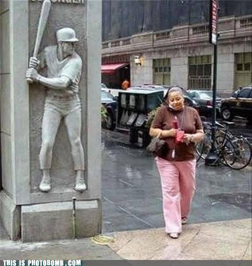 baseball bat duck head Impending Doom monument statue - 5005511936