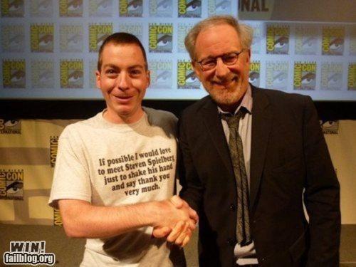 comic con,handshake,shirt,Spielberg