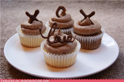 chocolate,cupcakes,epicute,frosting,love,snickers,xo