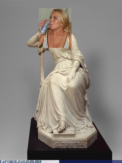 beer Cleopatra drinking lindsey lohan statue - 5028845312