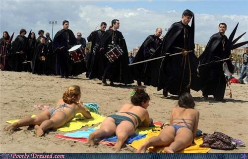 beach,cloaks,drums,medieval,parade