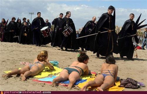 beach,bikinis,Larp,procession,wtf
