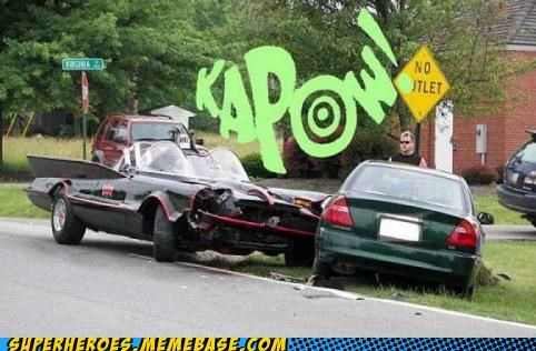 batman batmobile car accident robin Superhero IRL - 5034010112